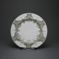Meissen art nouveau plate with crocus pattern by Konrad Hentschel 1896, 23,3 cm